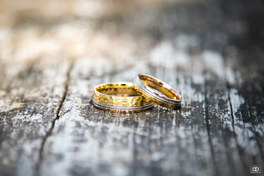 close up macro detail foto van trouwringen