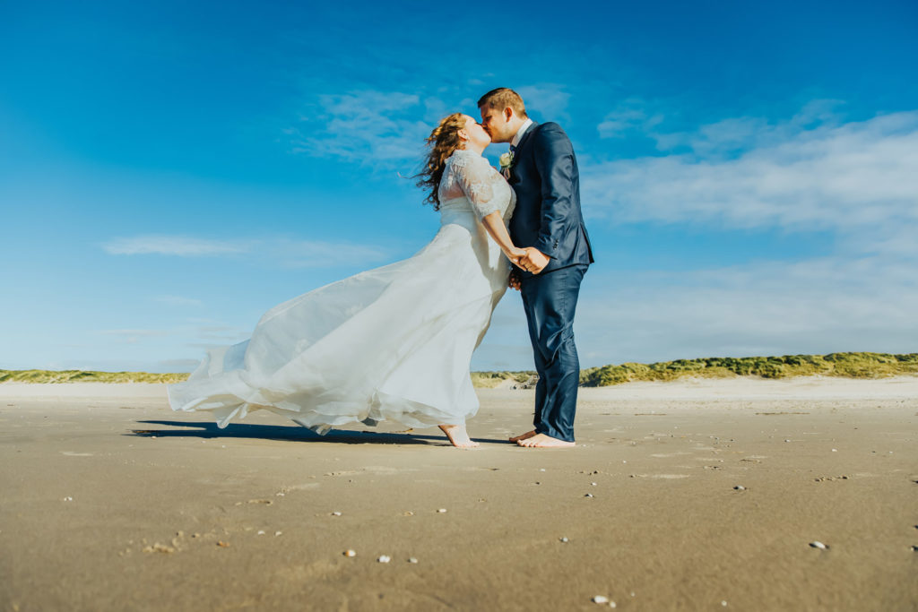 pre-wedding-shoot-love-trouwfotograaf-strand-zeeland